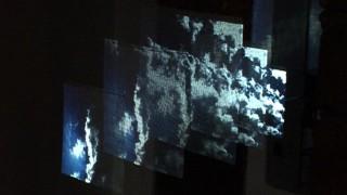 Projektion Diametral: Ungeheuer oben